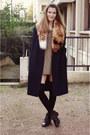 Vintage-shoes-vintage-dress-vintage-coat-hm-scarf