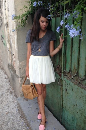 Stradivarius skirt - vintage bag - Forever 21 t-shirt