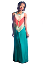 Jarlo London dress