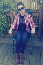 boots - jeans - shirt - t-shirt