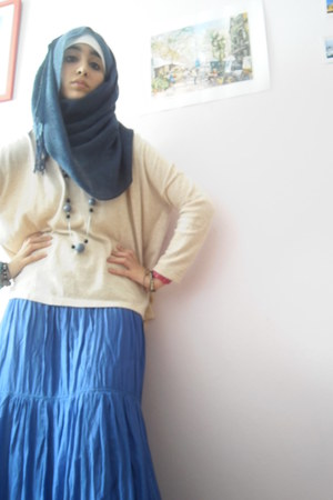 blue skirt - navy scarf - beige jumper