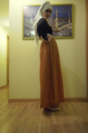 bronze silk skirt - black cotton Zara shirt - white cotton street market scarf