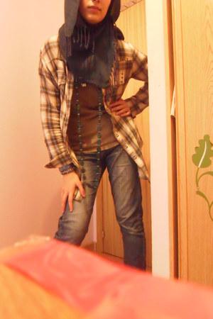 jeans - light brown shirt - navy scarf