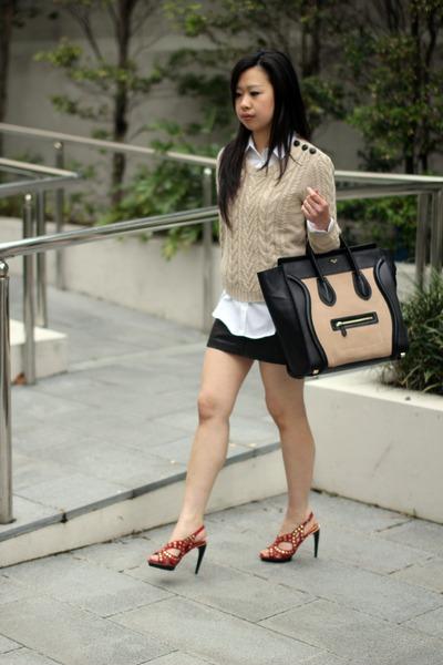 2b05799dce45 black medium luggage Celine bag - cream Zara shirt