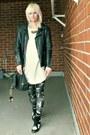 Black-biker-vintage-jacket-off-white-gina-tricot-sweater