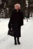 black faux fur vintage coat - black Colza shirt - black wool Muji scarf