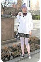 black random sneakers - white random sweater - light pink H&M socks