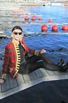 red tartan Ralph Lauren coat - black Colza shirt - black vintage bag