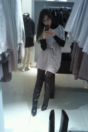 black boots - silver Largenti dress