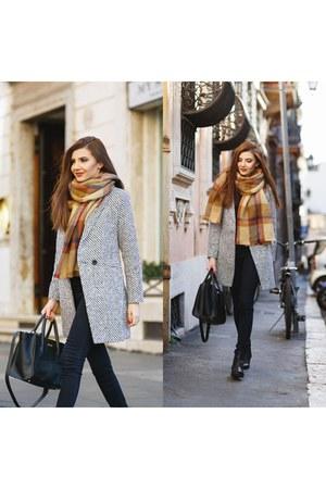 Chicwish coat - romwe scarf