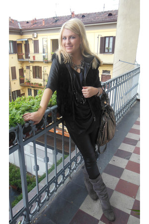 black Zara leggings - gray Benvenutti boots - silver River Island bag
