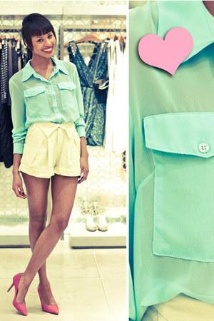 aquamarine fashion blouse - hot pink fashion shoes