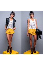 mustard animal print Colcci shorts - black fashion Zara jacket
