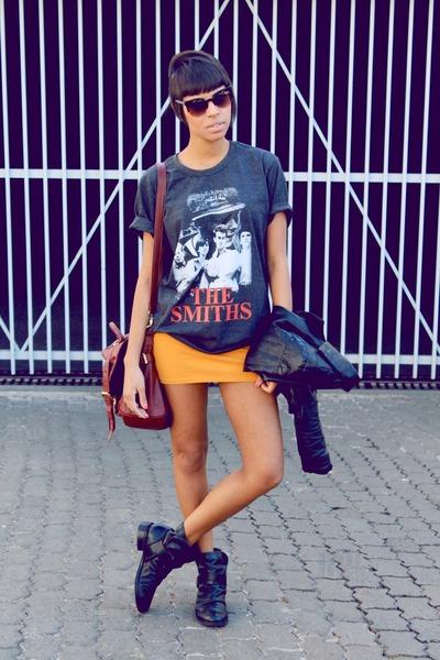 dark gray t-shirt shirt - black fashion boots - mustard skirt skirt