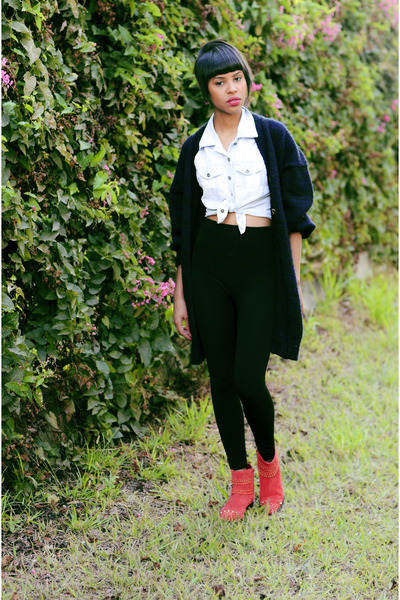 navy maxi Thrift Store cardigan - red boots Renner boots