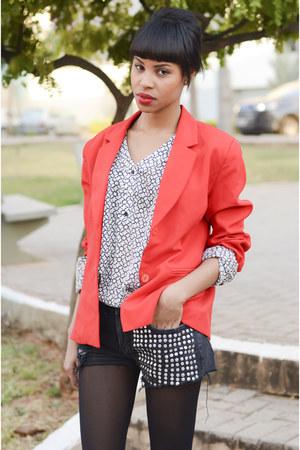 red blazer blazer - black street style shorts