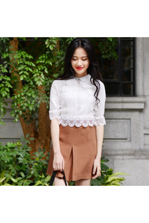 white Larmoni blouse - bronze skirt