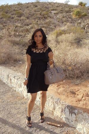 black Urban Outfitters dress - tan Aldo bag - silver Forever 21 bracelet