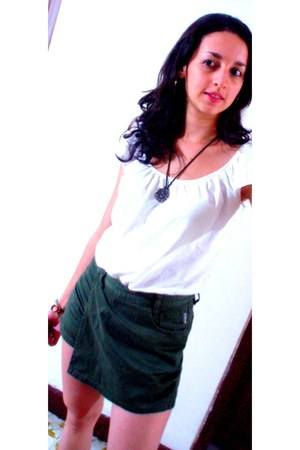 green Americanino shorts - white gef t-shirt