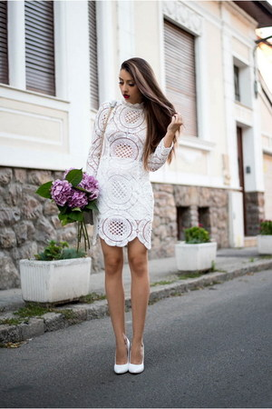 white shein dress - white Lavine pumps