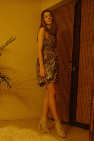 beige Bershka shoes - purple dress