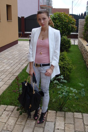 white Zara blazer - pink random brand top - gray Bershka jeans - black random br
