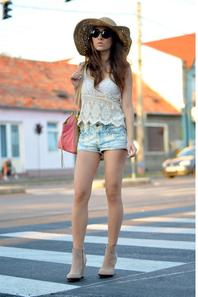 white Zara top - nude Zara boots - camel nowIStyle hat - salmon nowIStyle bag