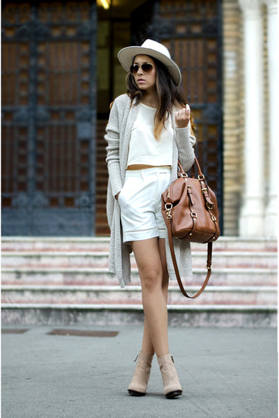 white Front Row Shop shorts - beige Zara boots - brown Massimo Dutti bag