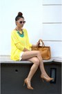 Yellow-chicnova-blouse-gold-nowistyle-necklace