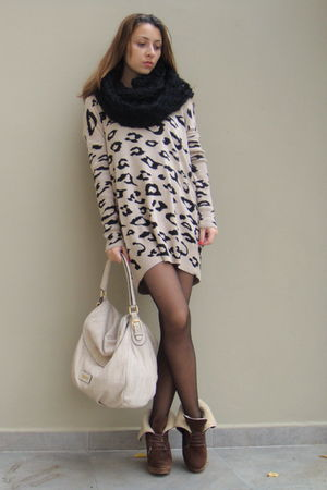 beige Musette bag - brown Bershka boots - beige Bershka dress