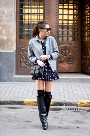 black Jessica Buurman boots - navy dress