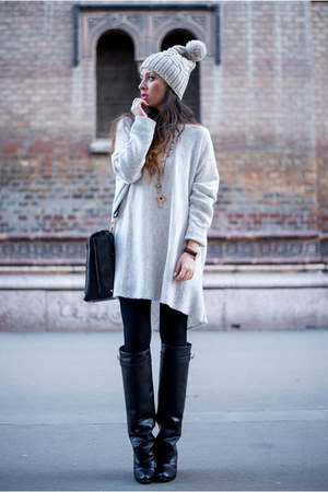 brown Daniel Wellington watch - black Jessica Buurman boots