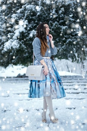 sky blue skirt - periwinkle kurtmann bag