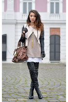 black Mono boots - nude Sheinside jacket