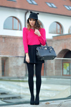 black OASAP hat - hot pink OASAP sweater
