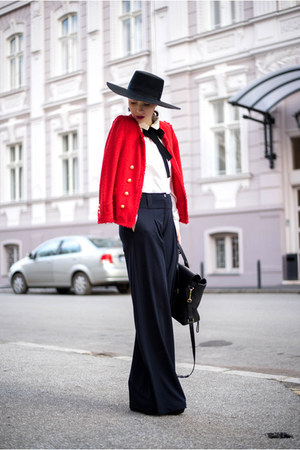 red blazer - black Magazin Up pants