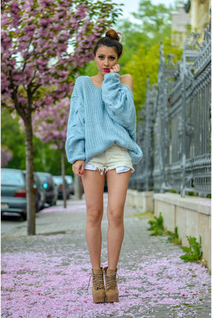 sky blue Choies sweater - off white Zara shorts