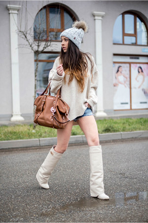 cream Jessica Buurman boots - cream Nordbron hat - off white Zara sweater