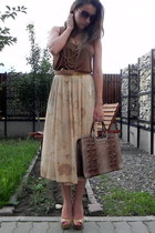 beige thrifted skirt - random brand bag - Mango sunglasses