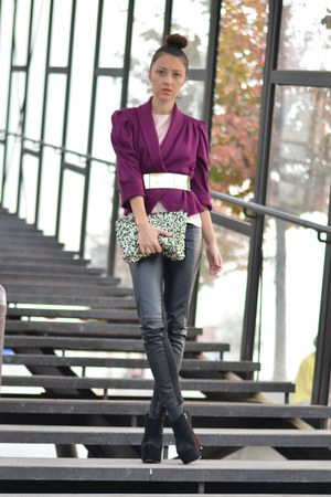 magenta My moms blazer - black random brand boots - silver H&M bag
