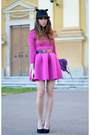Pink-choies-dress-black-oasap-hat-black-asos-pumps