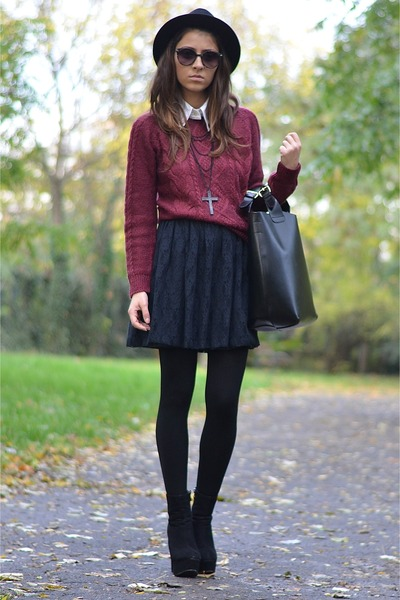black OASAP boots - black H&M hat - crimson H&M sweater - black Zara bag