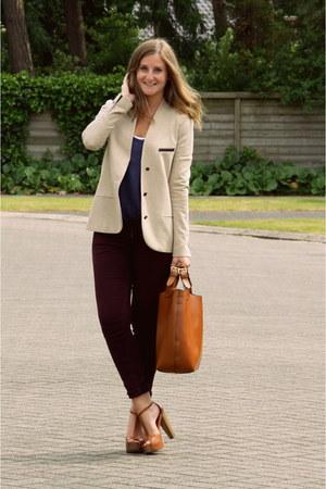 Bershka heels - H&M jeans - Zara blazer - Zara bag - Zara t-shirt