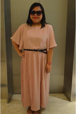 light pink maxi dress H&M dress - deep purple oversized Forever 21 sunglasses