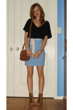 Sportsgirl top - Lee skirt - my sisters shoes - Again my sisters accessories - b