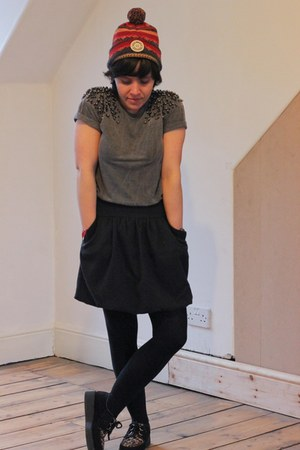 Religion t-shirt - barrats shoes - Norse projects hat - warehouse skirt
