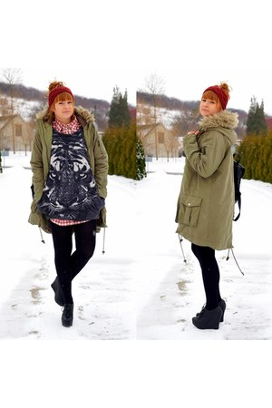 charcoal gray sweater - army green coat - black Topshop bag