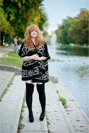 black aztec new look sweater
