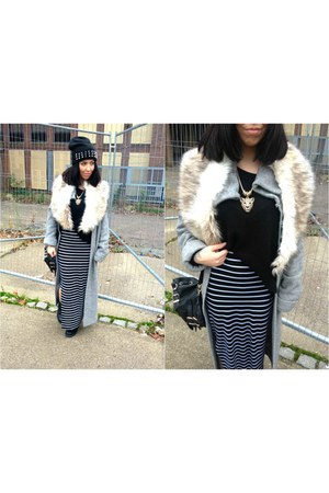 maxi skirt new look skirt - spikes H&M hat - faux fur Ebay scarf