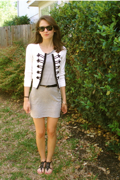 gray Forever 21 dress - white Forever 21 cardigan - black JCrew belt - seychelle